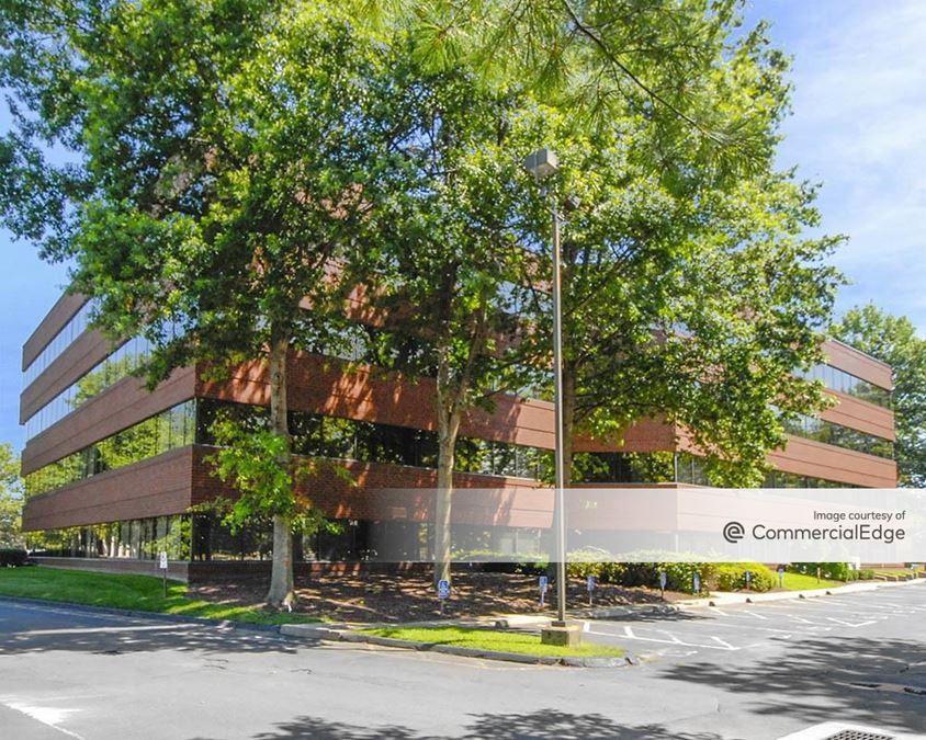 Riverbend Executive Park - 55 Hartland Street