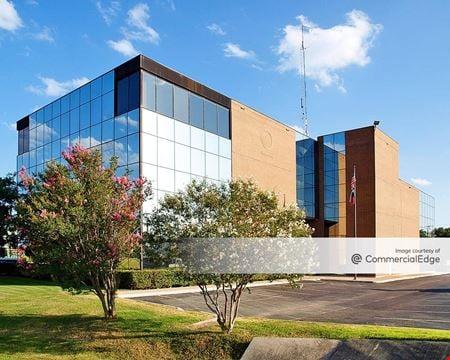 Circle Bar & Mac 37 Office Buildings - San Antonio