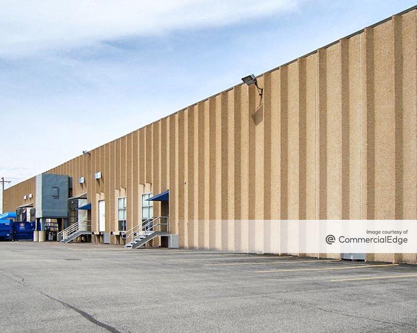 Elk Grove Industrial Park - 2500-2534 Lively Blvd