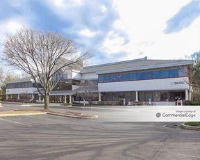 Lincoln Corporate Center