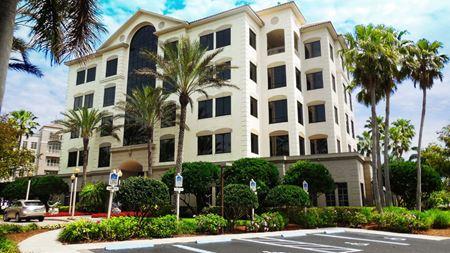 Pelican Bay Financial Center - Naples