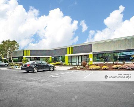 Clipper Court Commerce Center - Buildings 8, 9 & 10 - Fremont