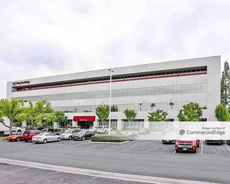 Westchester Corporate Plaza - Bakersfield