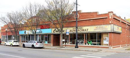Longstanding Neighborhood Laundromat - Chicago