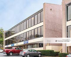 Northlake Executive Center - Tucker