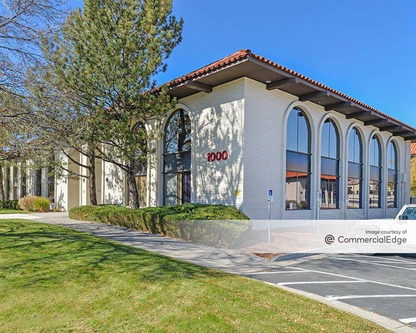 Sierra Medical Complex - 1000 East William Street