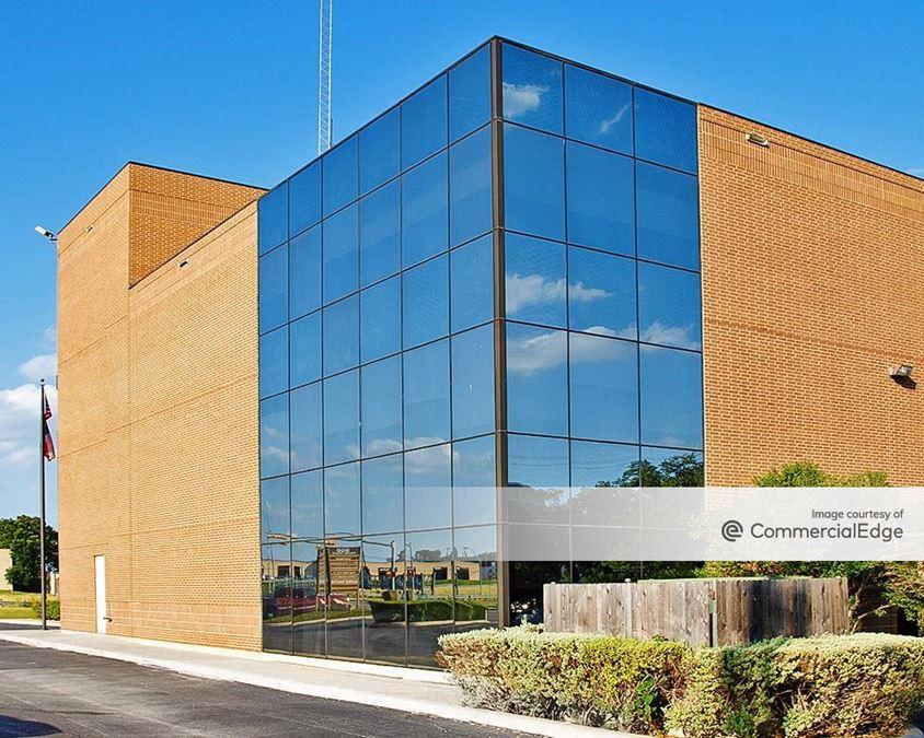 Circle Bar & Mac 37 Office Buildings