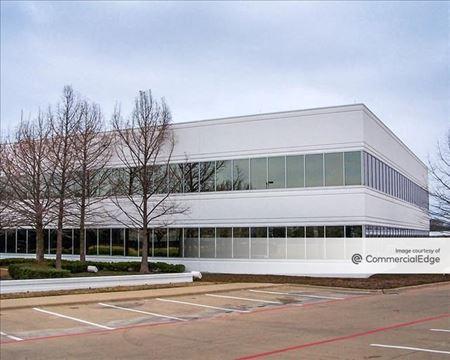 Mercantile Center I - Fort Worth