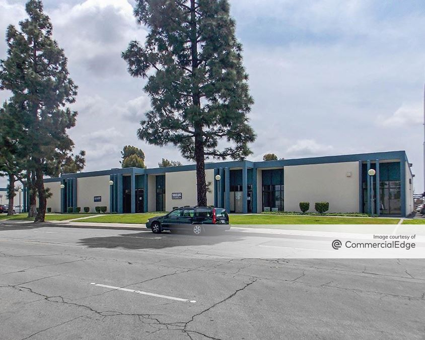 ERC Business Park - 2590, 2594, 2600, 2610, 2620 & 2640 Industry Way
