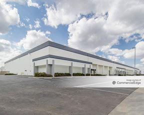 Denver Business Center - 11777 East 55th Avenue