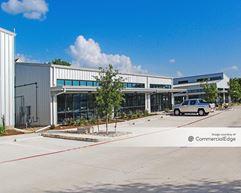 The Ten-0-Five Business Park - Austin