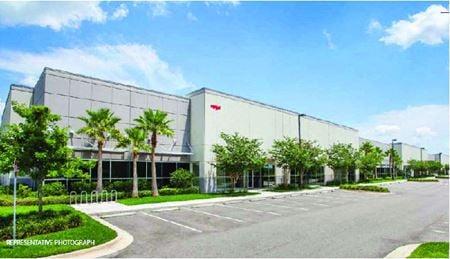 LeeVista Business Center Bldg G - Trailer Parking Available - Spec Office Completion 10/2021 - Orlando