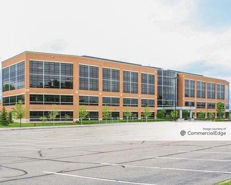Flagship Corporate Center - Eden Prairie