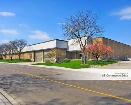 Elk Grove Industrial Park - 2600 Lively Blvd - Elk Grove Village