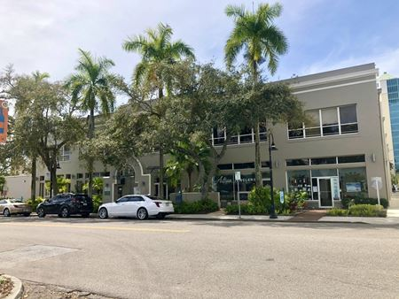 US GARAGE - Sarasota