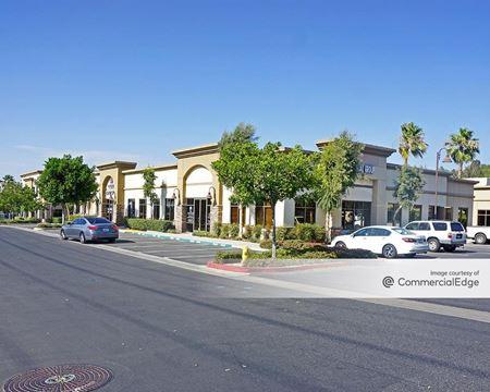 Corona Corporate Centre - Corona