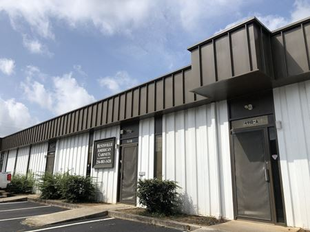 4910 Commercial Drive - Huntsville