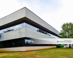 Jetplex Industrial Park - 124 Jetplex Blvd SW - Huntsville