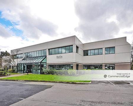 Creekside Corporate Park - Building 8205 - Beaverton