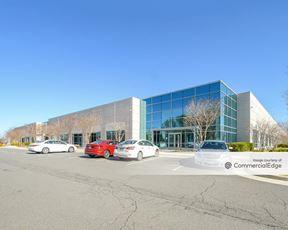 Sterling Park Business Center - 22370 Davis Drive - Sterling