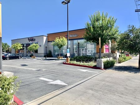 Nordhoff Plaza - Northridge