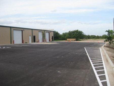 4.7 acres of land & 8,400 SF office-warehouse - Edinburg