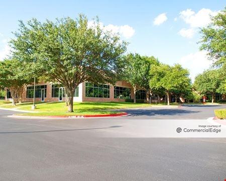 Amber Oaks Corporate Center - Buildings D, E & F - Austin