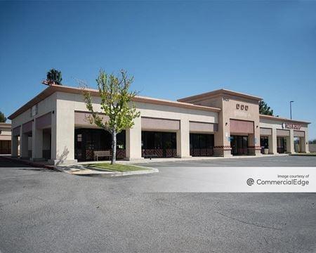 Plaza at Riverlakes - Bakersfield