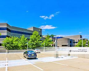 Eisenhower/280 Corporate Center - 105 Eisenhower Pkwy