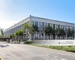 Oakport Building - Oakland