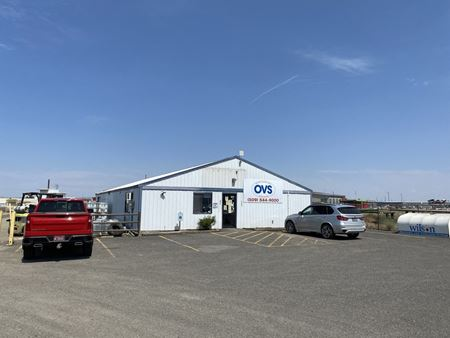 Commerical Avenue Building and Yard - Pasco