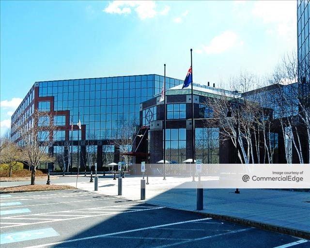 9/90 Corporate Center - 500 Staples Drive