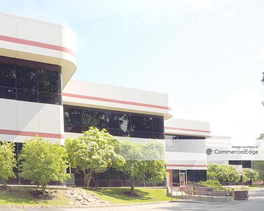 Stamford Executive Park - 550 West Avenue