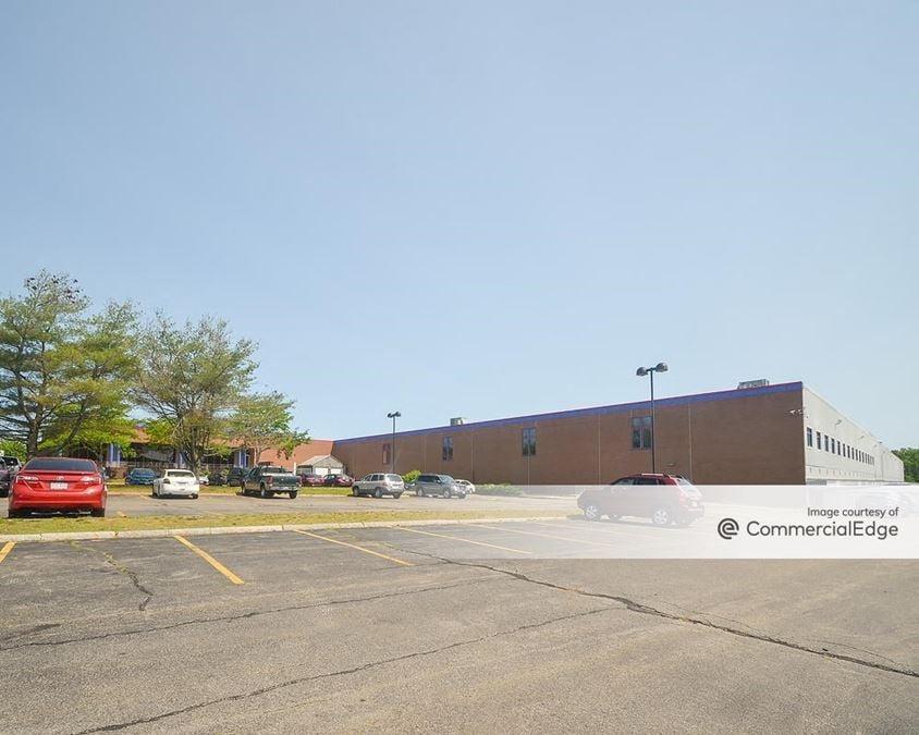 Stoughton Industrial Park - 1000 Technology Center Drive