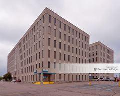 Crown Pointe Office Building - Oak Park