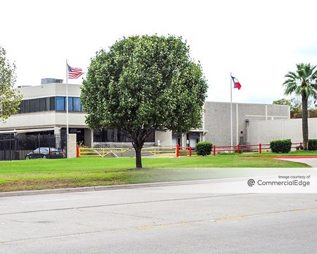 8220 Forney Road - Dallas