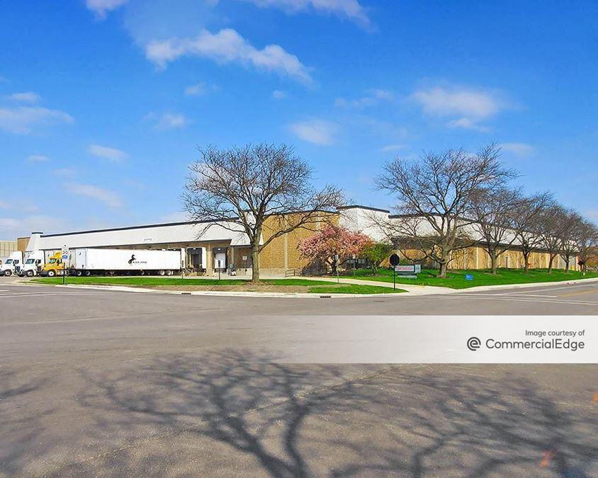 Elk Grove Industrial Park - 2600 Lively Blvd