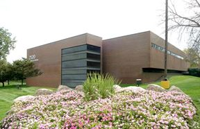 For Lease > Office or Medical Space 1,041 RSF Bloomfield Professional Center