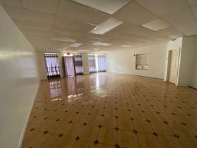 7543 Parsons Blvd Retail Space - Fresh Meadows