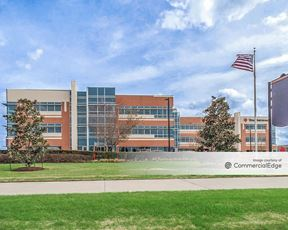 13905 University Blvd