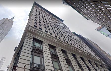 303 5th Avenue - New York