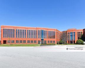 Triad Center - 4161 Piedmont Pkwy