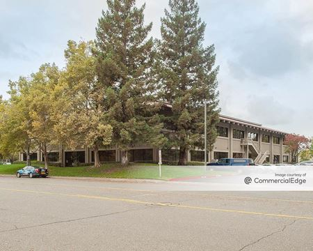 3947 Lennane Drive - Sacramento