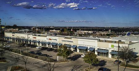 Walmart Shadow Retail - Alamo Heights Area - San Antonio