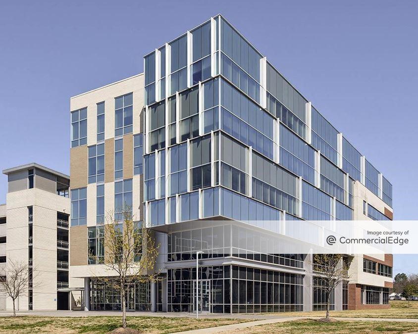 University Place - Buildings 200 & 250