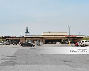 Golden Triangle Shopping Center - Dallas