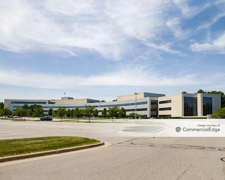 Jackson National Life Insurance Lansing Campus - 1 Corporate Way - Mason