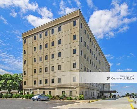 Joseph Patrick Teasdale State Office Building - Raytown