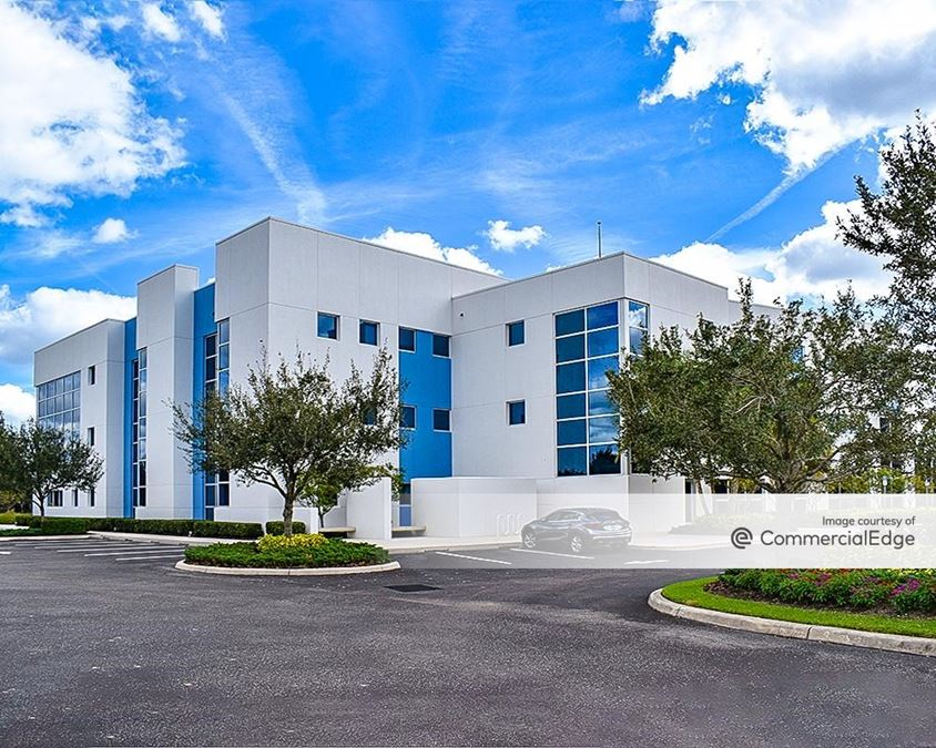 Energy Court Center at Lakewood Ranch