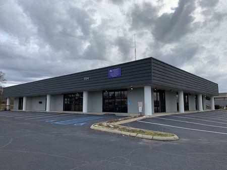 704 Congaree Road - Greenville